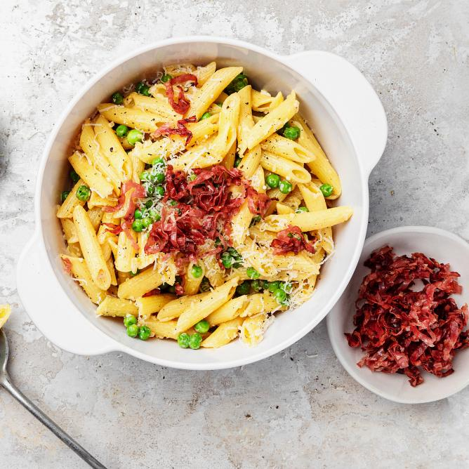 Pasta with Mortadella and peas