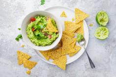 Guacamole & Tortillas Chips