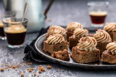 Gingerbread & vermicelli squares