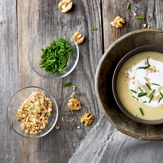Potato Soup with Walnuts