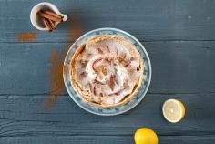 Apple tart with cinnamon meringue