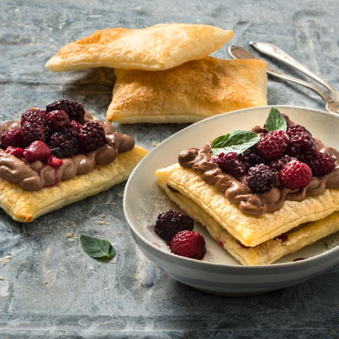 Mille feuilles with chocolate mousse