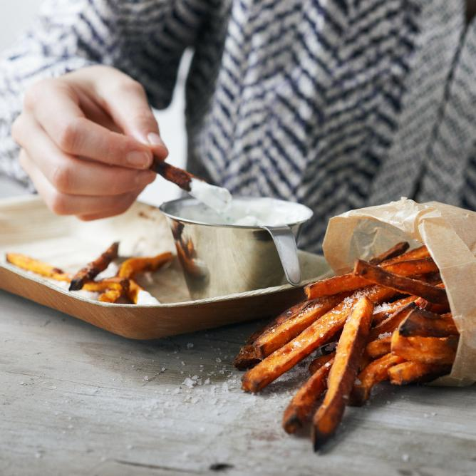 Sweet potato fries with a herb dip