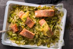 Oven-baked salmon with romanesco broccoli