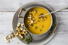 Sweet potato soup with popcorn crumble