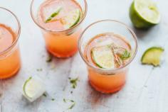 Rhubarb syrup with Prosecco & lime ice cubes