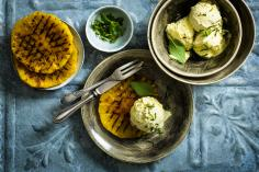Grilled pineapple with vanilla ice cream