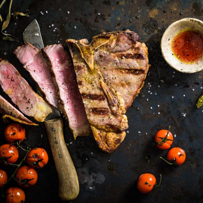 T-bone steaks with cognac marinade