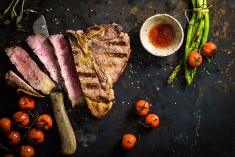 T-Bone-Steaks mit Cognac-Marinade