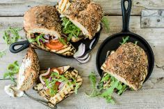 Vegetable-halloumi panini