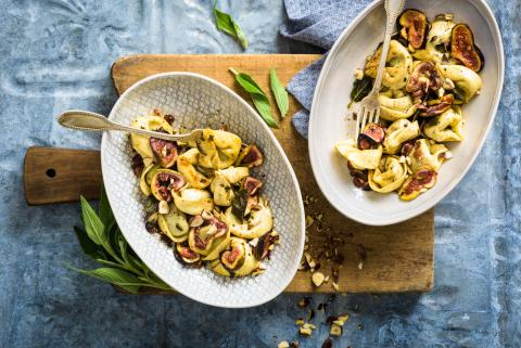Tortelloni with figs
