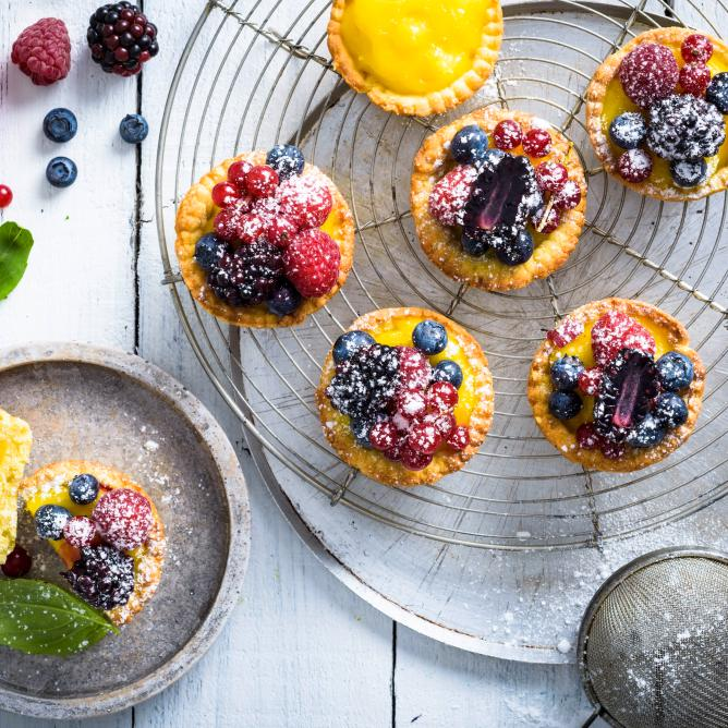 Fruity Lemon-Tartlets