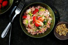 Couscous salad with strawberries