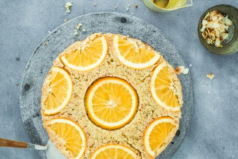 Upside-down orange cake