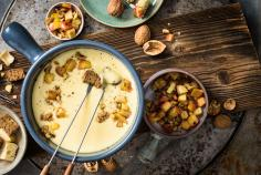 Apple & walnut fondue