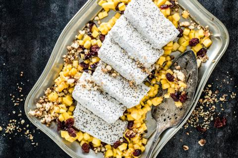Chia parfait with mango and crumble topping