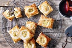 Gala cheese puff pastry parcels