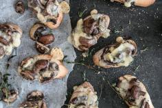 Toasted raclette slices with chicory and mushrooms
