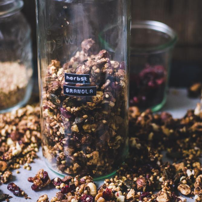 Autumnal fruit and nut granola
