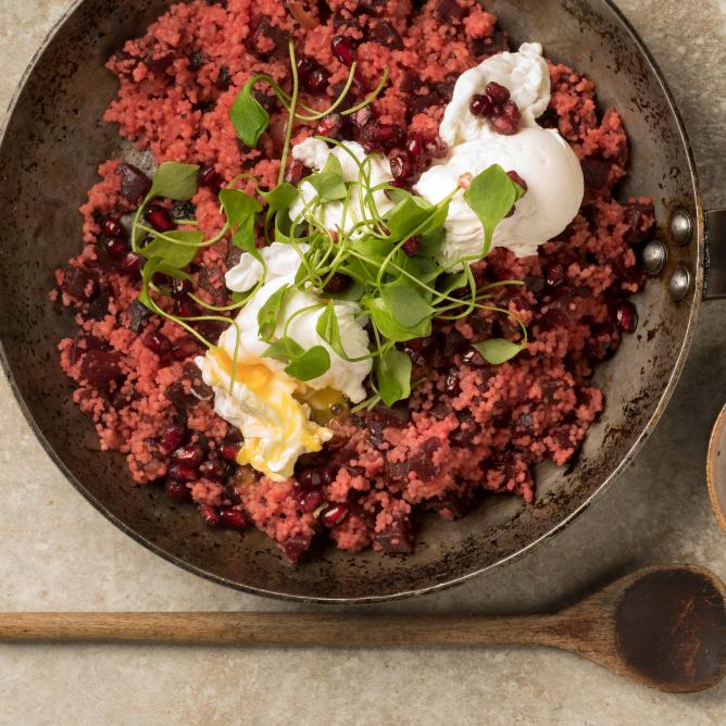 Poached egg with beetroot couscous