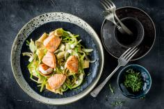 Spelt noodles with salmon