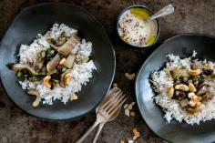 Chard rice with cashews and currants