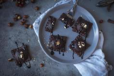 Chocolate ravioli with nut and date filling