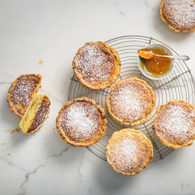 Osterchüechli (sweet shortcrust pastry pies eaten at Easter)