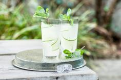 Gin cocktail with ginger and cucumber