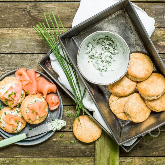 Kartoffel-Scones mit Rauchlachs
