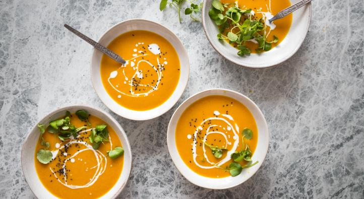 Carrot and ginger soup with turmeric