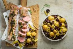 Pork fillet with cherries and vegetables