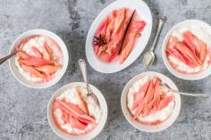Rice pudding with rhubarb compote