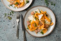 Kohlrabi and melon salad with tuna