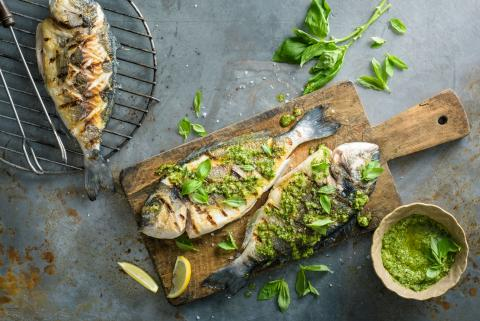 Grilled sea bream with lemon & basil pesto