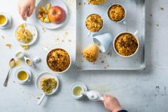 Mug cake with apples