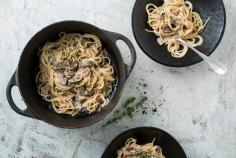 Spaghettini and mushroom one-pot