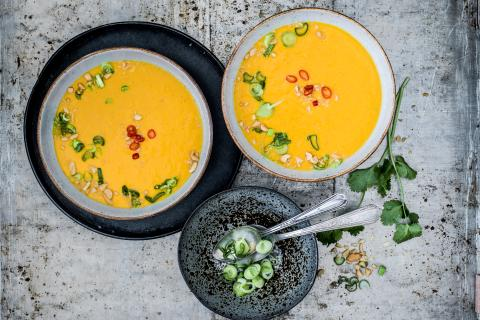 Carrot and coconut soup