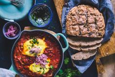 Vegan shakshuka with quick-pickled onions