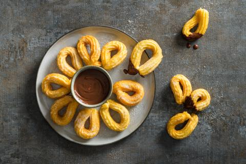 Churros with spicy chocolate sauce