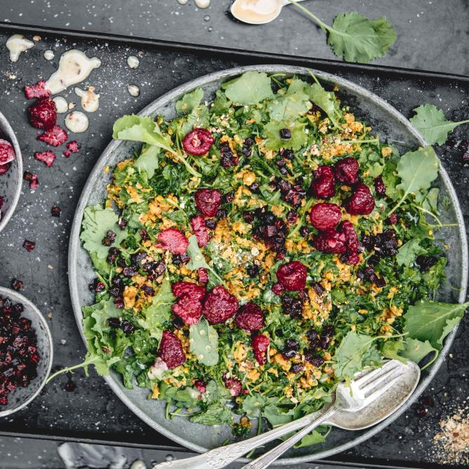 Kale salad with sweet potatoes and beetroot
