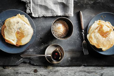 Coconut and banana peel pancakes