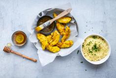 Chicken fillets with curry-honey sauce