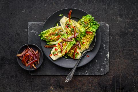 Pan-fried lettuce with a sweet and spicy salsa