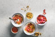 Spring muesli with roasted strawberries