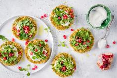 Falafel mini-pizzas