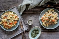 Creamy spaetzle with vegetables