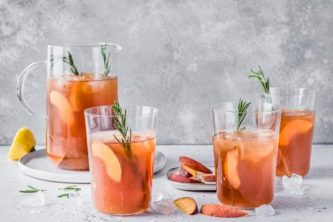 Peach and rosemary iced tea