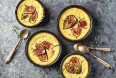Baked ricotta with figs