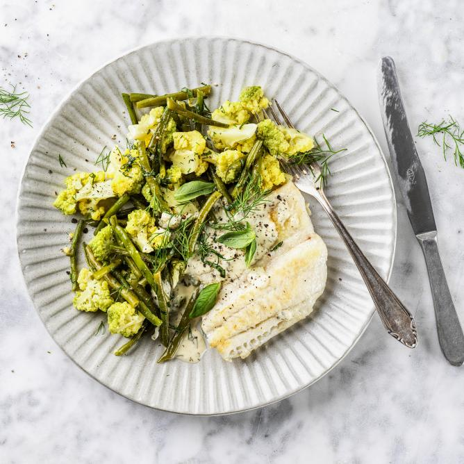 Pike-perch fillet with lemon dressing